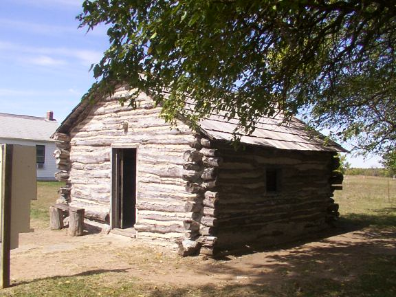 This replica cabin on the homesite grounds was built by volunteers in the 1970s.